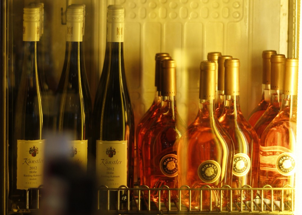 HUA_Tagesbar_Wein, Weinbar, Tapas Restaurant, Cocktails, Friesenplatz in Köln